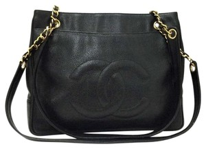 Chanel Medium Shopping Tote in Black