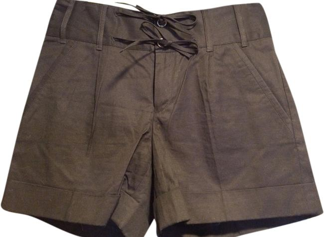 Item - Olive Green Shorts Size 6 (S, 28)