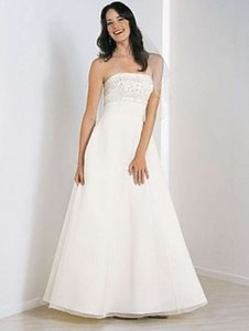 Alfred Angelo 1505 Wedding Dress