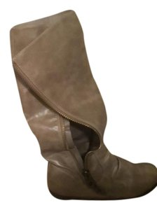 SM New York Taupe Boots