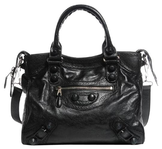 Preload https://item2.tradesy.com/images/balenciaga-giant-brogues-velo-black-and-silver-leather-cross-body-bag-19839651-0-5.jpg?width=440&height=440