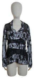 Komarov Long Sleeve Printed Stretchy Knit Mock Top Black
