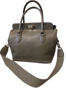 Hermès Toolbox 26 Leather Satchel in Taupe