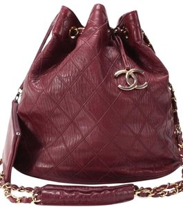 6c082b518493 Chanel Bucket Bags - Up to 70% off at Tradesy