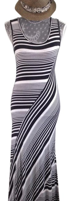 Item - Black and White Striped Unknown Long Casual Maxi Dress Size 4 (S)