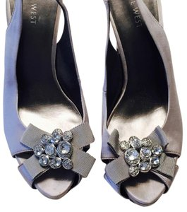 Nine West Peep Toe Sling Back Silver Pumps