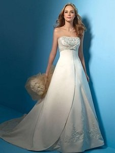 Alfred Angelo 2009 Wedding Dress