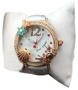 Betsey Johnson New Betsey Johnson Lady's 3-D Seashore MOP Dial White Strap Watch BJ00446-03
