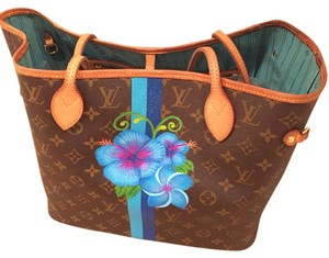 Louis Vuitton Tote in Turquoise