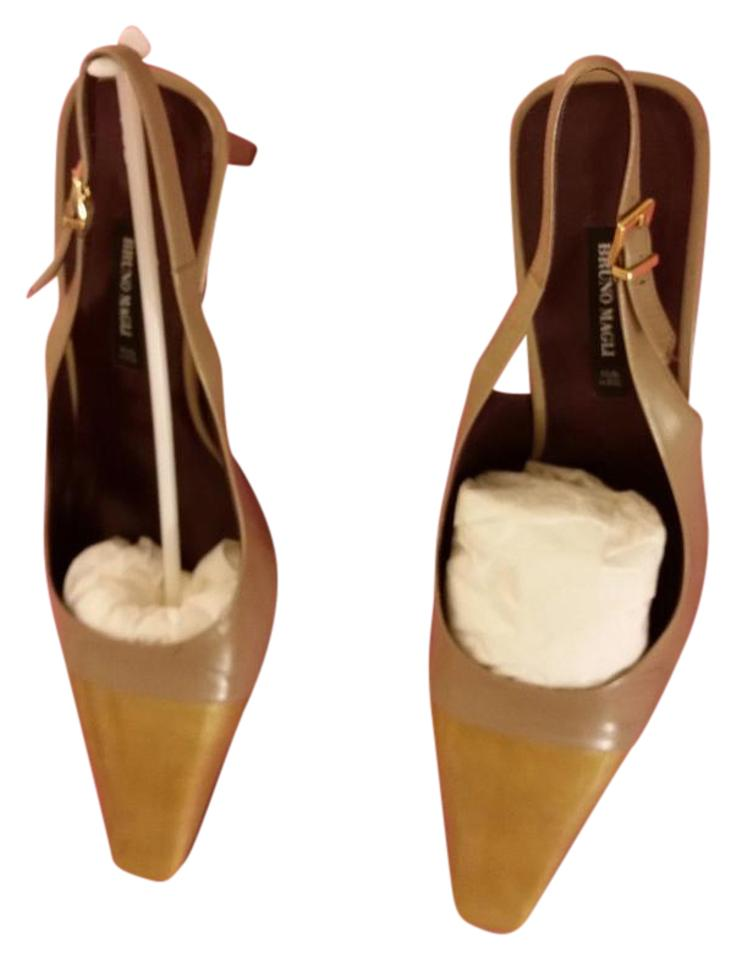 9bbec7a975 Bruno Magli Gold Tone / Beige Slingbacks / Pumps Size US 10 Regular ...