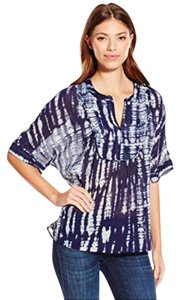Vince Camuto Top NAVY