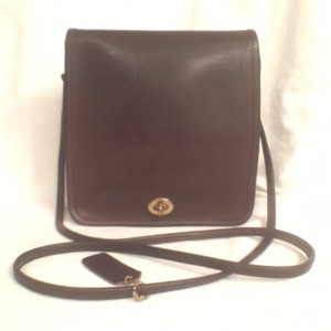 Coach Vintage Compact Pouch Leather Cross Body Bag
