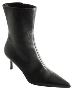 Gucci Leather Pebbled Pointed Toe Black Boots