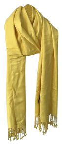 Jones New York Bright, luxe yellow pashmina wrap