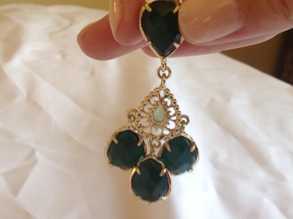Kendra Scott Emerald Green Earrings 70 Off Kendra Scott