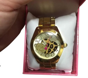 Betsey Johnson New Betsey Johnson Women's Gold-Tone 2 Hearts Glitter Cheetah Watch BJ00519-01