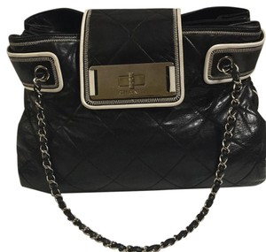 Chanel Tote in Black-And-White