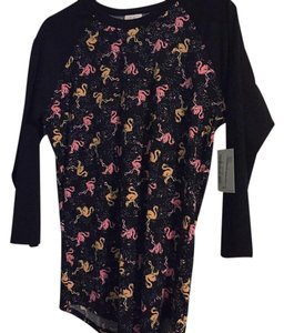 LuLaRoe T Shirt Black with pink flamingo print