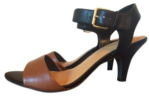 Xappeal Black and Brown Pumps