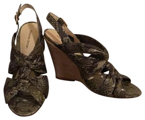 Alexandre Birman Olive/tan Wedges