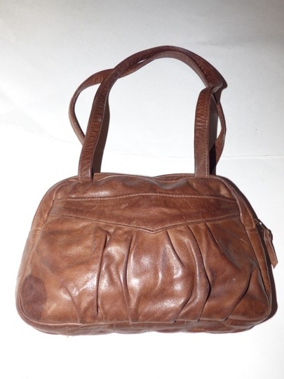 Handmade by Pat Halpen Timeless Style Lots Of Pockets/Room Mint Condition Roomy Style Fine Satchel in brown leather Image 1