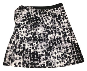 BCBGMAXAZRIA Mini Print Mini Skirt Black and White