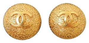 Chanel Vintage Chanel Logo Clip On earrings with CC logo