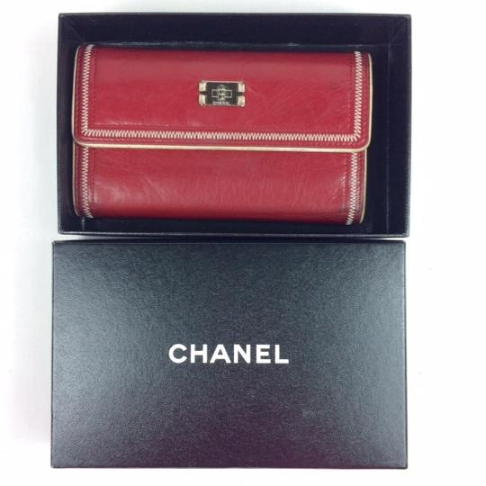 Chanel East West Leather Wallet Image 9