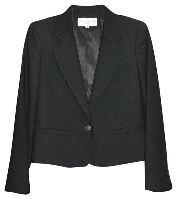 Preload https://img-static.tradesy.com/item/19845542/jones-new-york-black-blazer-size-petite-4-s-0-1-650-650.jpg
