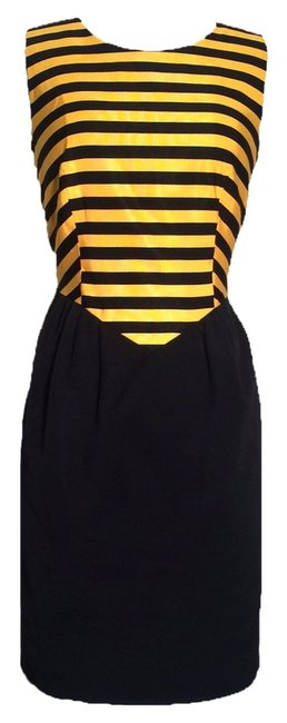 Preload https://item5.tradesy.com/images/moschino-yellow-and-black-knee-length-short-casual-dress-size-2-xs-1984584-0-0.jpg?width=400&height=650
