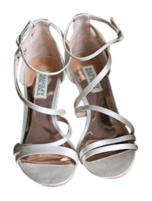 Item - Ivory Carnation Evening Wedge Sandals Formal Shoes Size US 6.5 Regular (M, B)