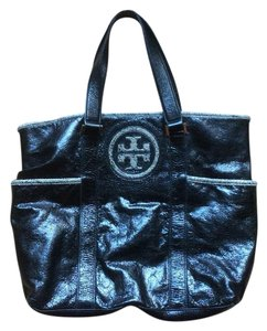 Tory Burch Tote in Black/grey