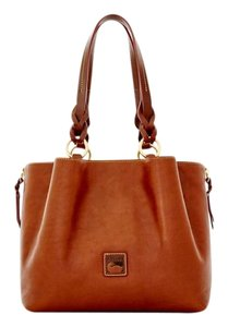 Dooney & Bourke Large Zip Barlow Shoulder Bag
