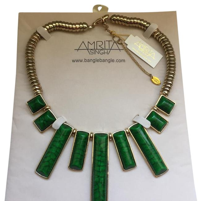 Item - Green and Gold See Pic Necklace