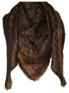 eb90f3547 Louis Vuitton NWT LOUIS VUITTON BROWN Monogram Shine Shawl Scarf M75122
