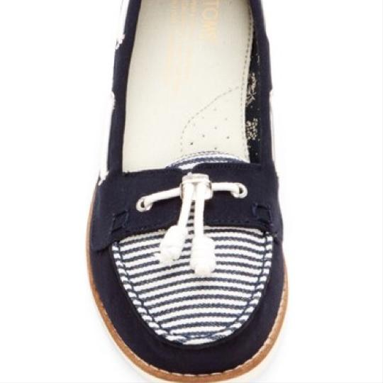 TOMS Navy blue/white Flats Image 2