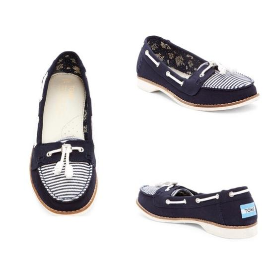 TOMS Navy blue/white Flats Image 8