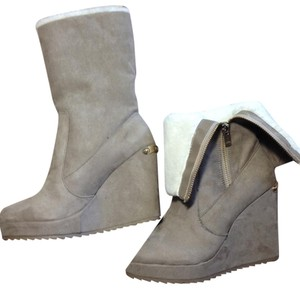 Juicy Couture Wedge Faux Fur Taupe Boots