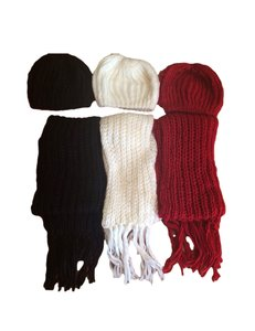 Belle Boutique Handmade Women's Winter Crochet Scarf & Beanie Hat Set White