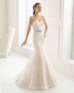 Rosa Clar Estilo Wedding Dress