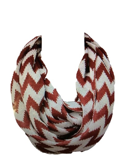 Belle Boutique Belle Women's Crochet Double Layer Chevron Scarf Image 3