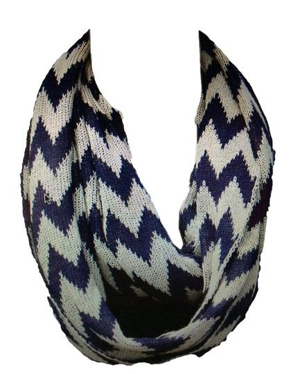 Belle Boutique Belle Women's Crochet Double Layer Chevron Scarf Image 4