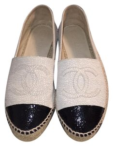 Chanel Espadrille Beige with black toe tip Mules