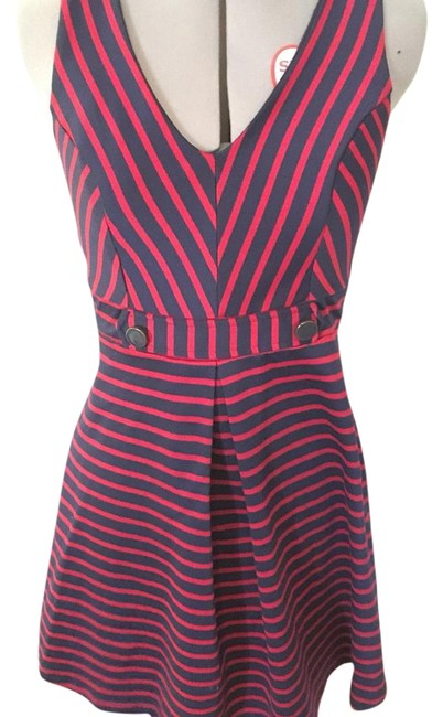 Preload https://img-static.tradesy.com/item/19848243/monteau-los-angeles-rednavy-striped-fit-and-flare-above-knee-short-casual-dress-size-8-m-0-1-650-650.jpg