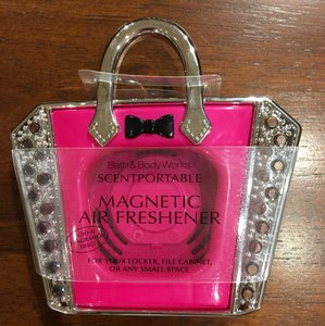 Bath and Body Works Bath & Body Works Scentportable Magnetic Fragrance Holder