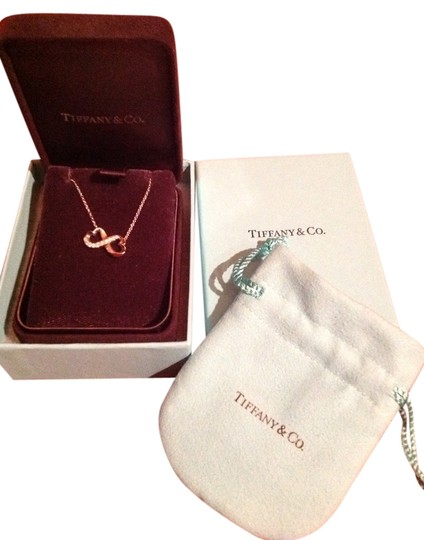 Preload https://item2.tradesy.com/images/tiffany-and-co-co-paloma-picasso-1984826-0-0.jpg?width=440&height=440