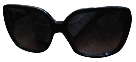 Chloé Chloe sunglasses with case Image 0