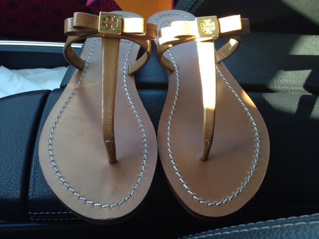 Item - Tan/Nude Leighanne Flat Sandals Size US 5.5 Wide (C, D)
