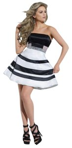 Tony Bowls Homecoming Formal Cocktail Stripes Dress