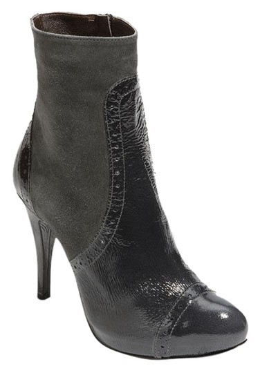 Preload https://img-static.tradesy.com/item/19849120/gray-new-patent-leather-ankle-bootsbooties-size-us-10-regular-m-b-0-1-540-540.jpg